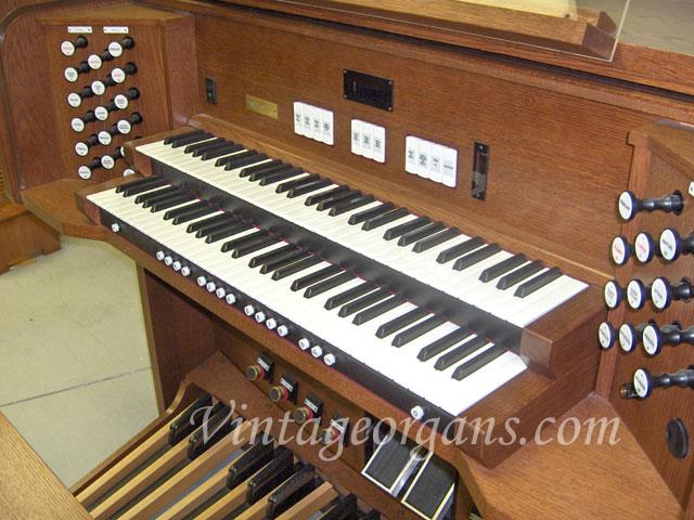 Vintage Hammond Church Organs - Rodgers 577 Classical Organ