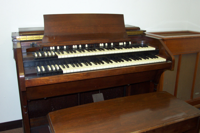 vintage hammond church organs   leslie 122