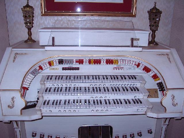 Vintage Hammond Church Organs - Rodgers 333 w/ midi, very nice